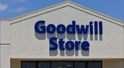 Goodwill replaces its Tyrone store
