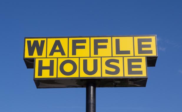 Fayetteville Waffle House worker assaults customer