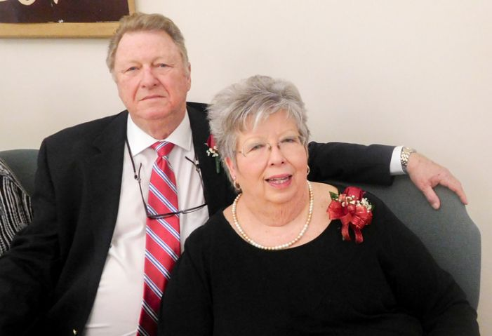 Couples celebrate joint 50th anniversaries